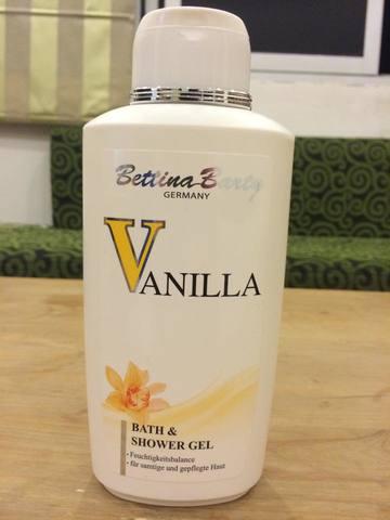 sữa tắm tích hợp nước hoa BETTINA BARTY VANILLA