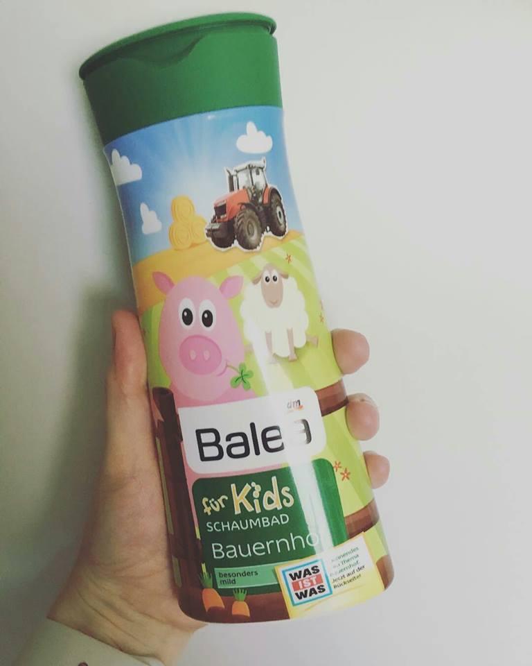 Sữa tắm tạo bọt Balea cho bé hương trái cây