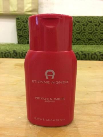 Sữa tắm nước hoa cao cấp Etienne Aigner đỏ