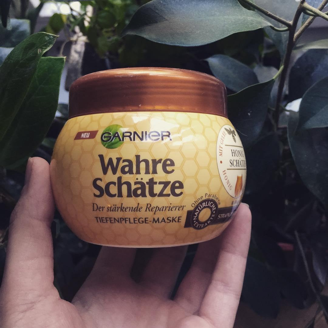 Kem ủ tóc Garnier hương mật ong dành cho tóc khô và hư tổn