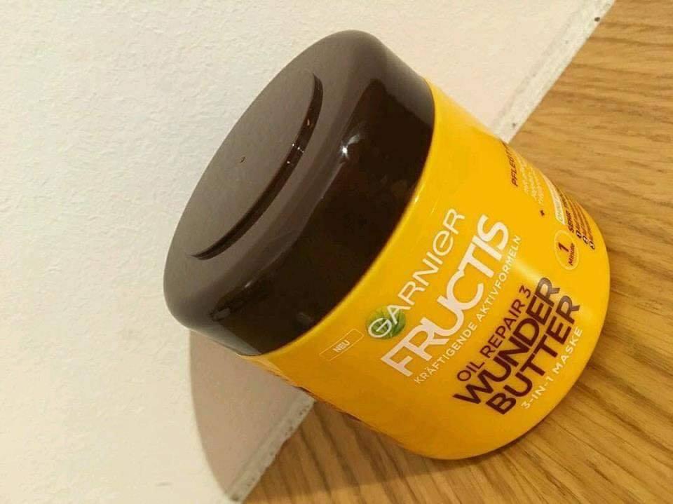 Kem ủ tóc Garnier Fructis hương bơ hạt mỡ dành cho tóc rất khô và rất hư tổn