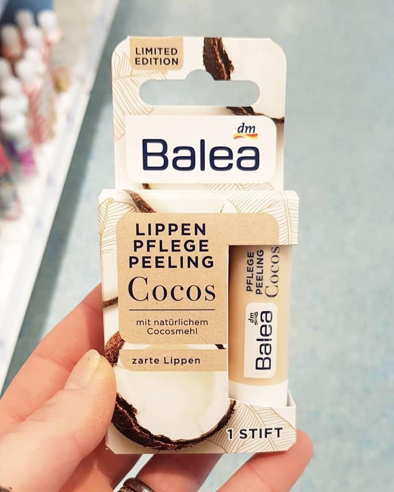 Tẩy da chết môi Balea hương dừa
