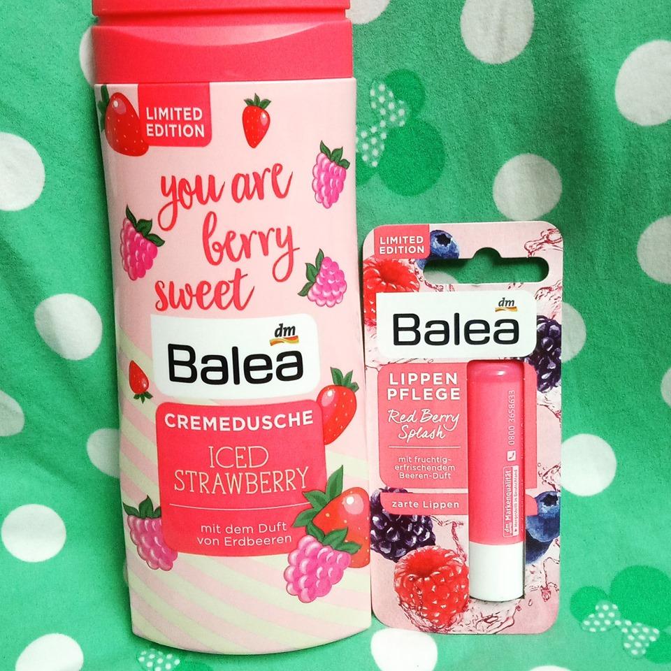 Combo 1 sữa tắm 300ml + 1 son dưỡng môi Balea hương dâu