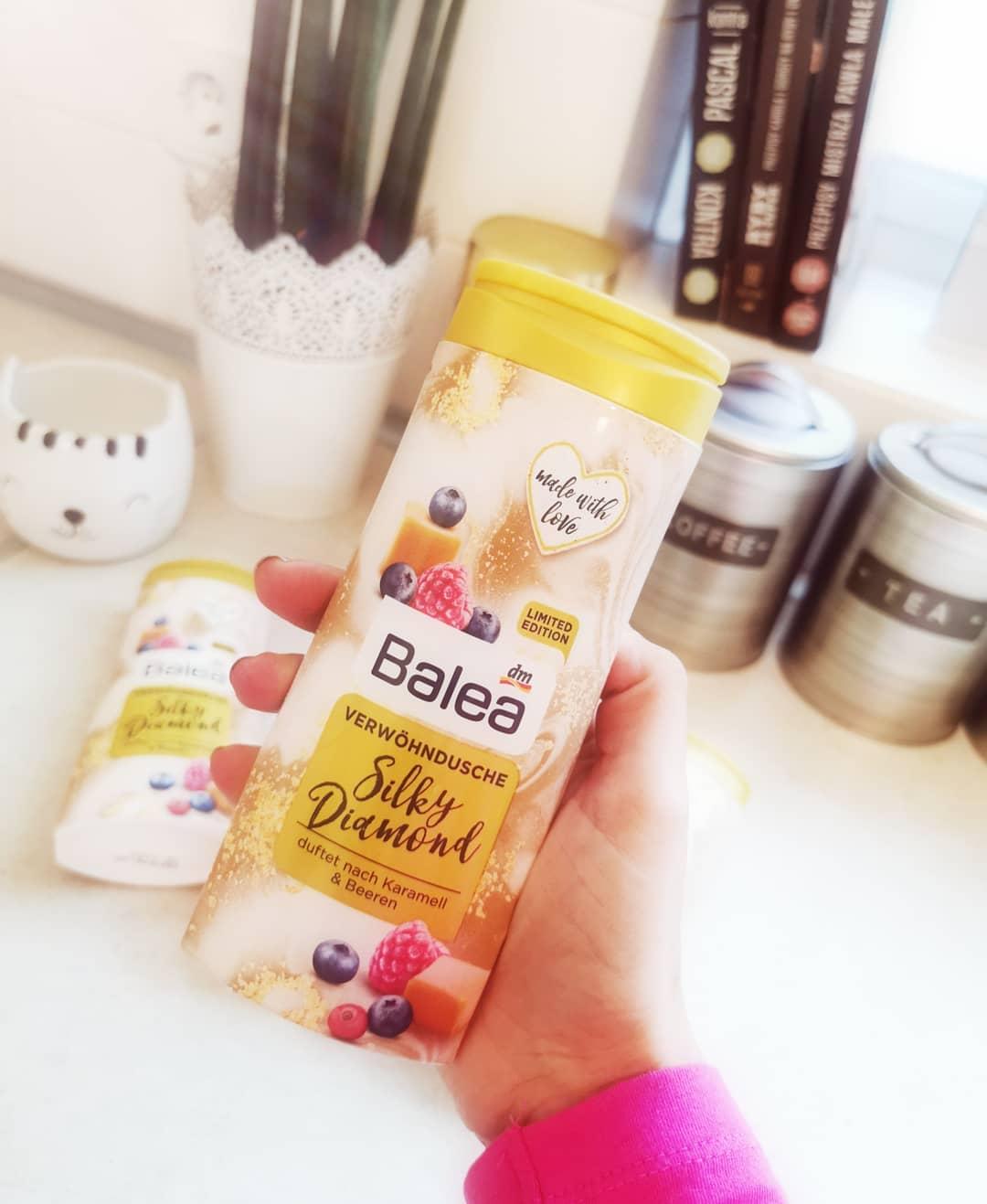 Sữa tắm Balea mềm mượt da hương Caramel + mâm xôi