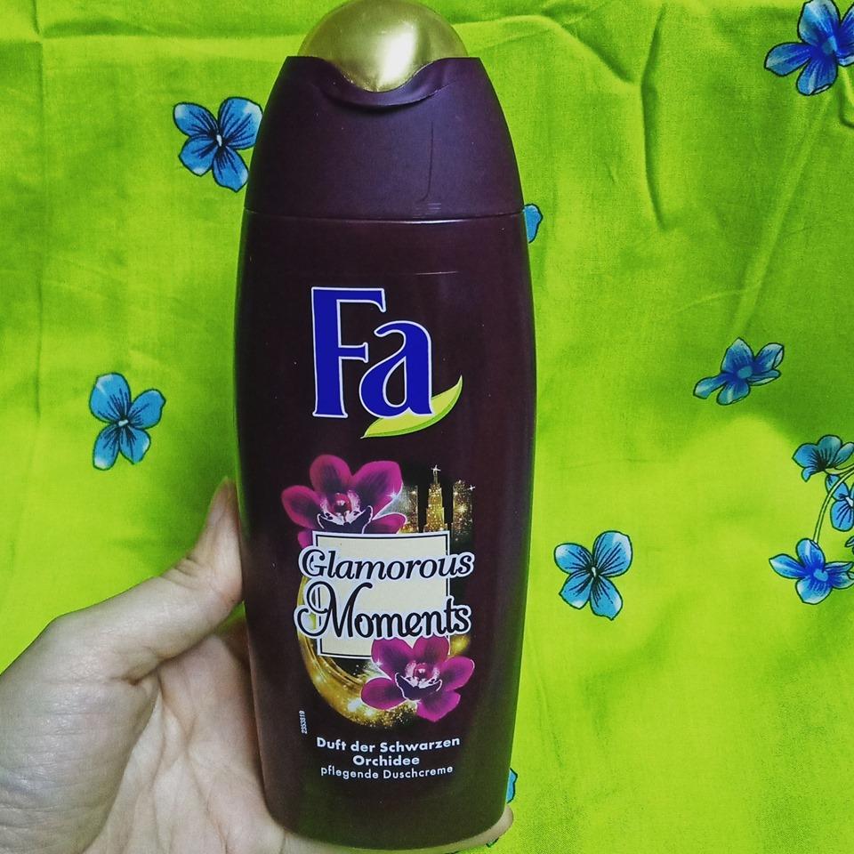 Sữa tắm Fa hương hoa lan