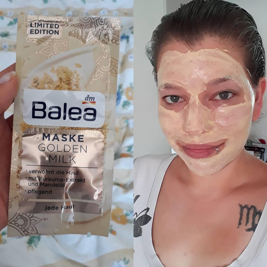 Mặt nạ sữa vàng Balea