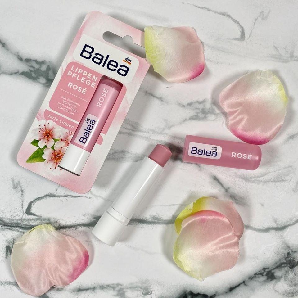 Son dưỡng môi Balea hoa hạnh nhân màu hồng nhẹ