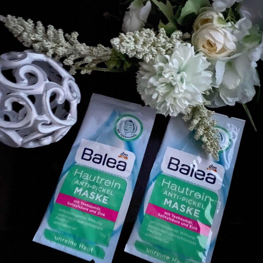 Mặt nạ Balea làm sạch da, chống mụn